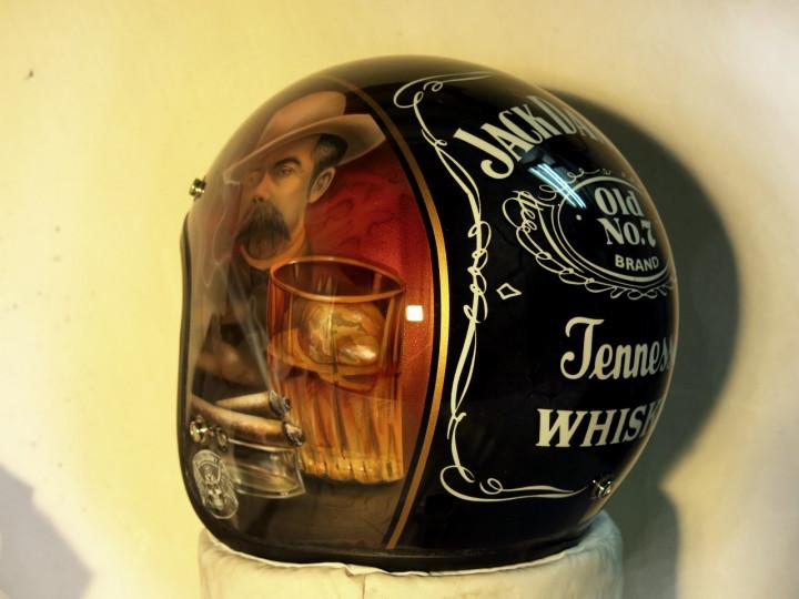 Аэрография шлема - Виски