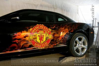 Рисунок на автомобиле Manchester United