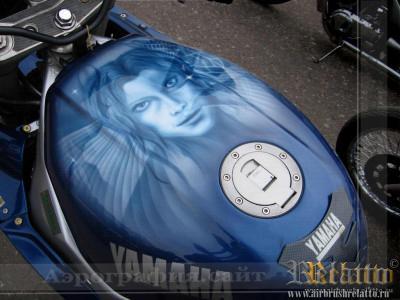 бак мотоцикла.