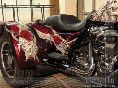Аэрография на трайке Harley Davidson