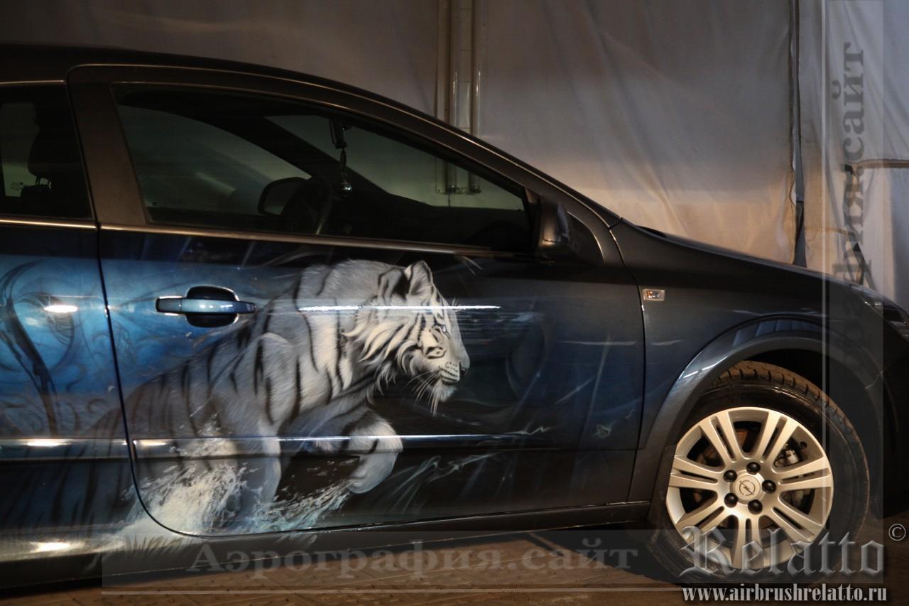 Аэрография Opel - тигр