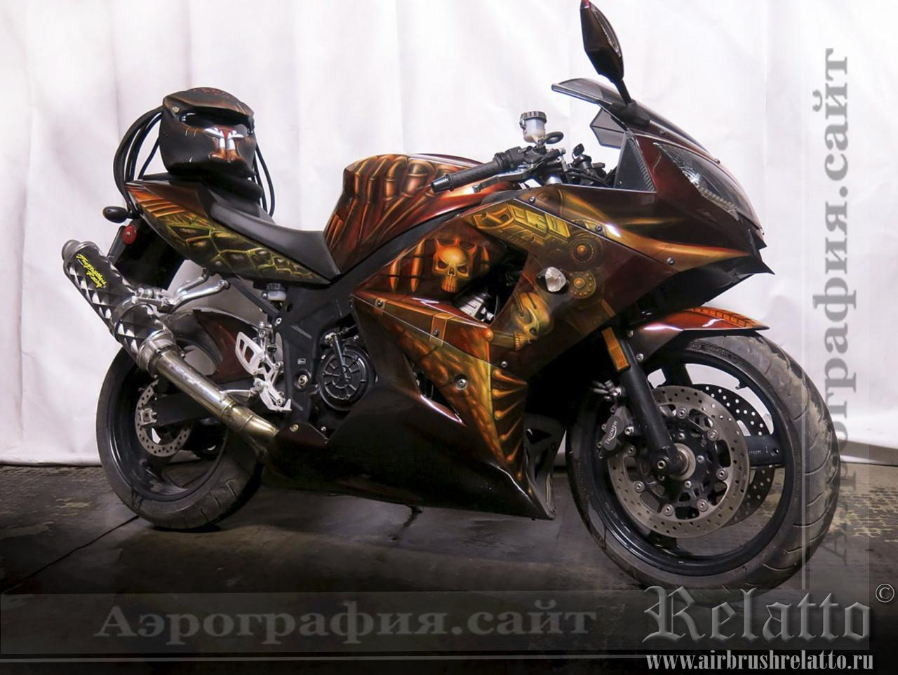 аэрография на мотоцикле Triumph Хищник Predator airbrush