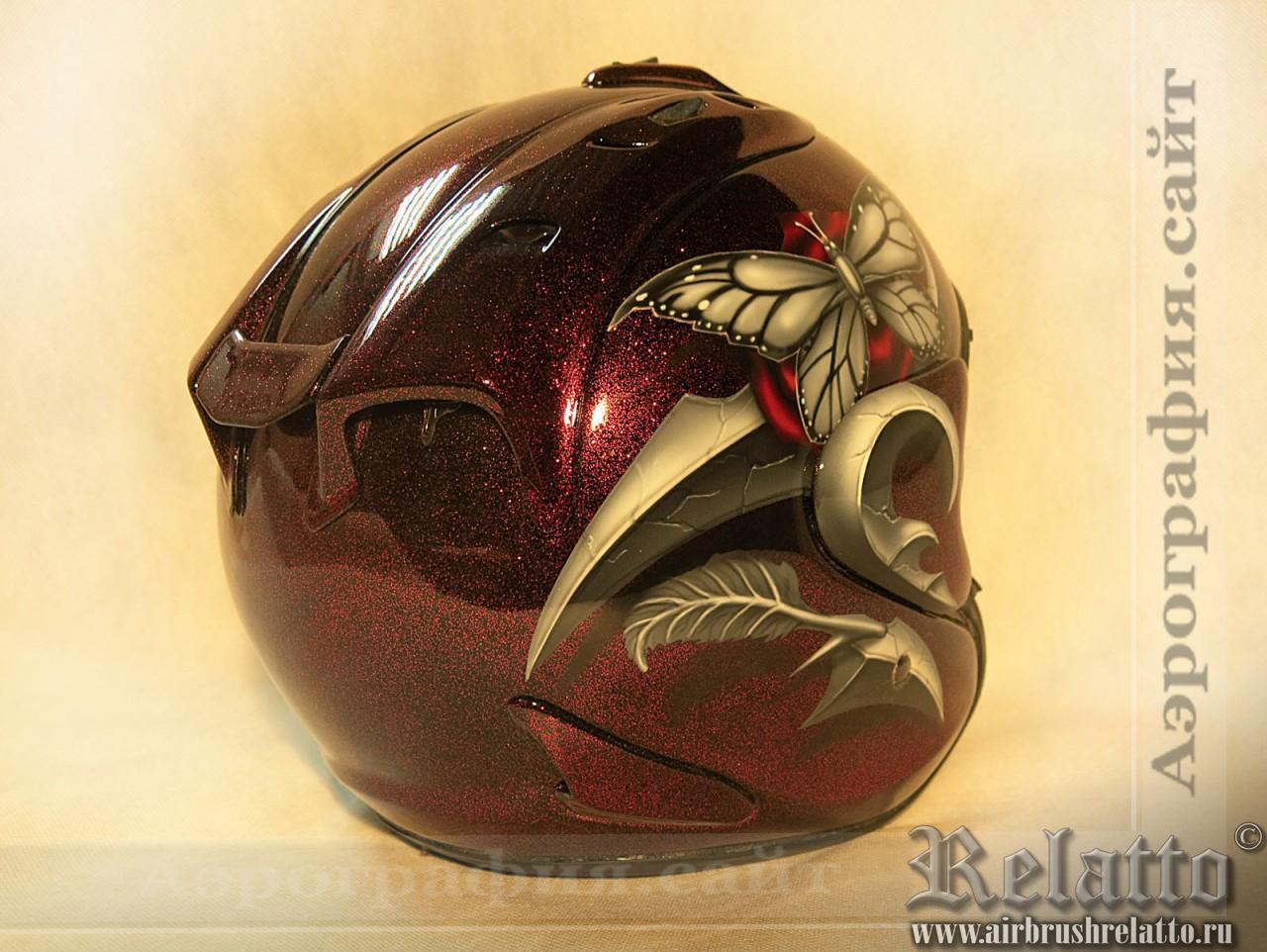 цветочный рисунок на шлеме