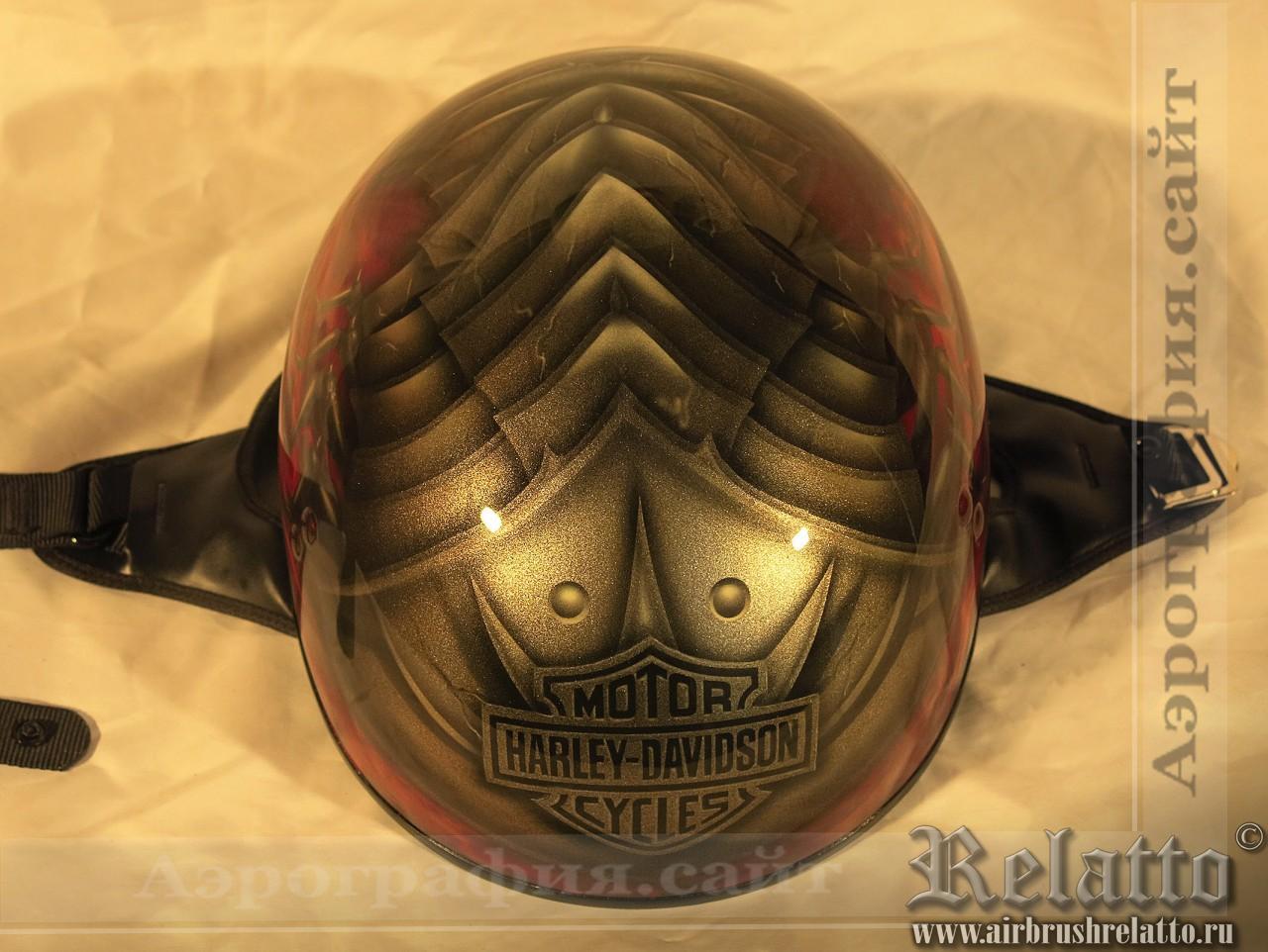 шлем Harley Davidson с аэрографией