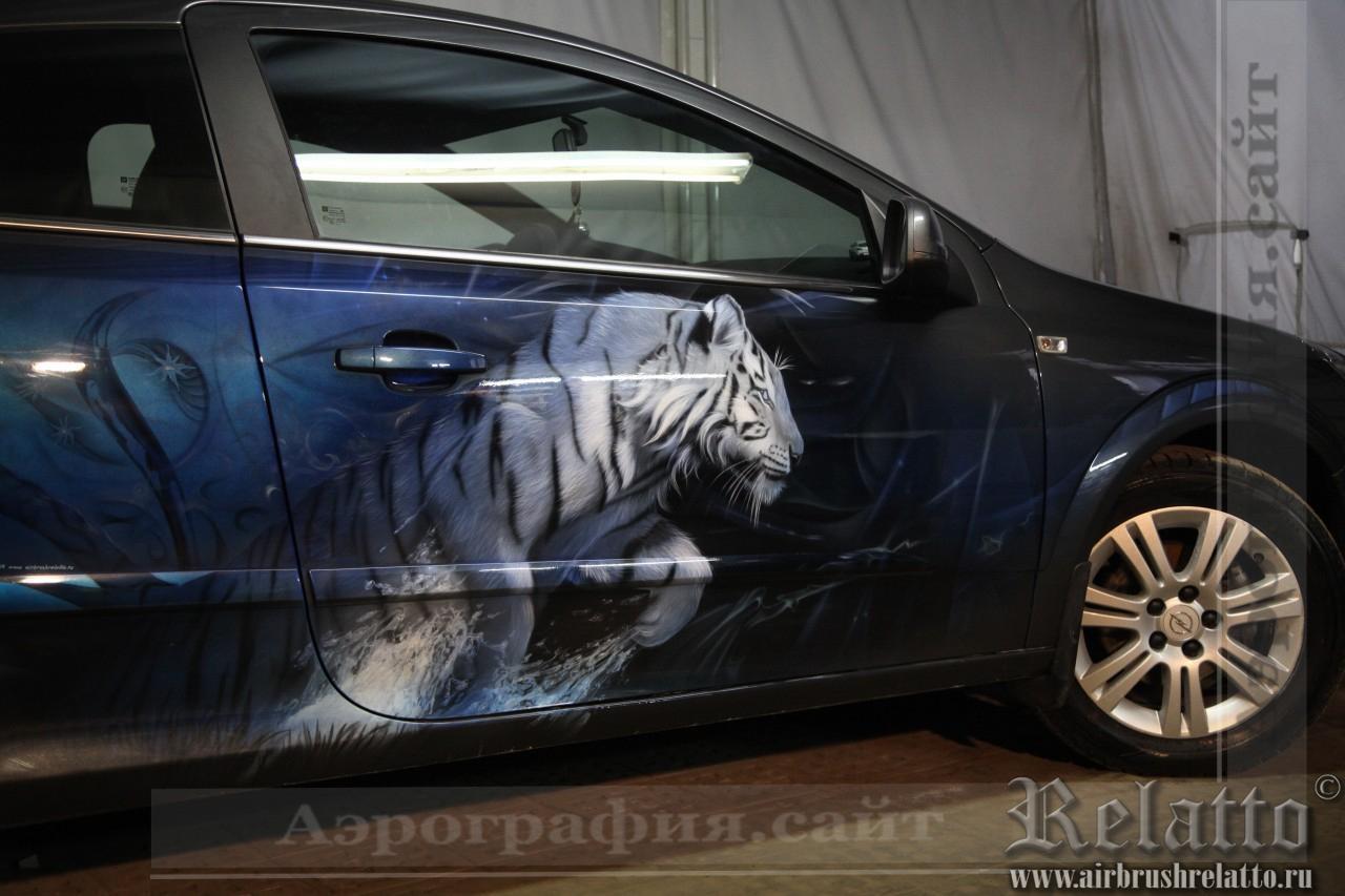Аэрография авто- тигр