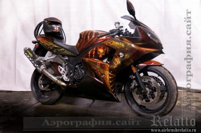 аэрография мотоцикла Triumph Хищник Predator airbrush Белгород