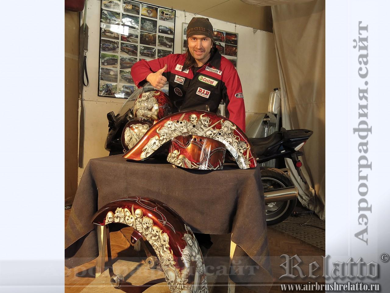 разрисовка шлема Harley Davidson Варвар