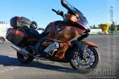 Аэрография на мотоцикле  - Сиськи