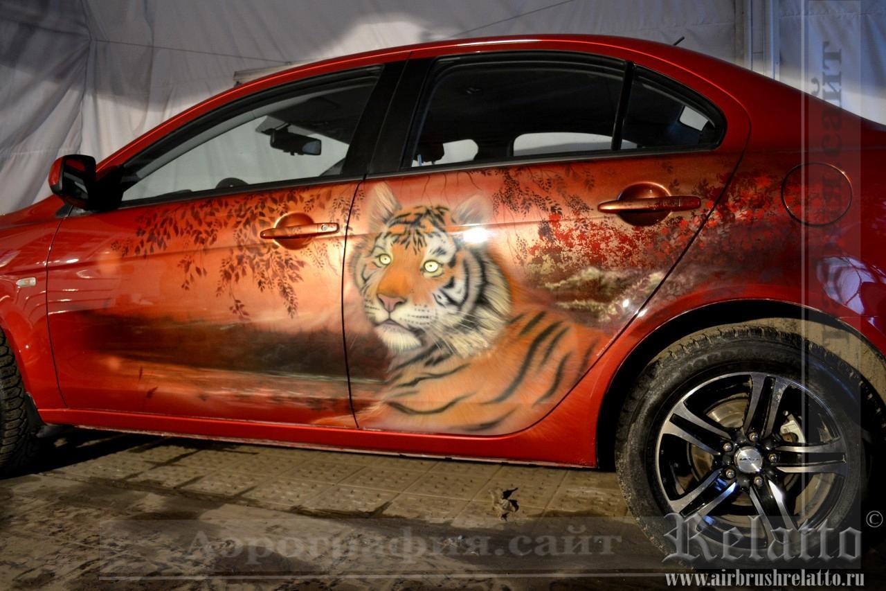 аэрография автомобиля тигр