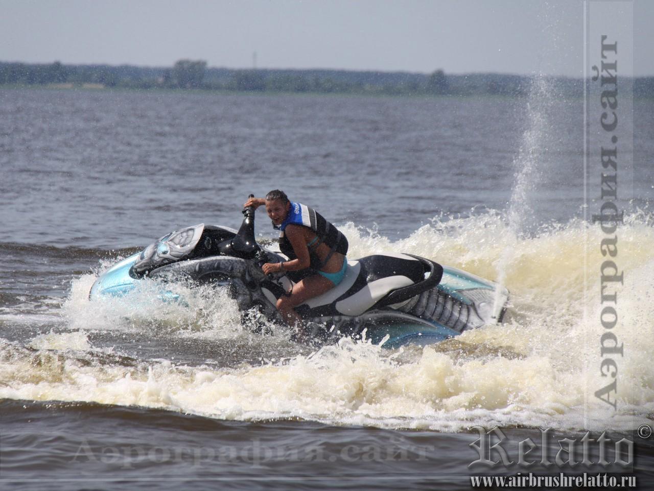 Роспись на водном мотоцикле