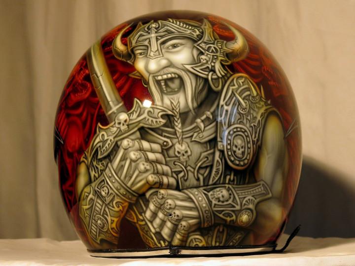 Аэрография шлема Harley Davidson Варвар